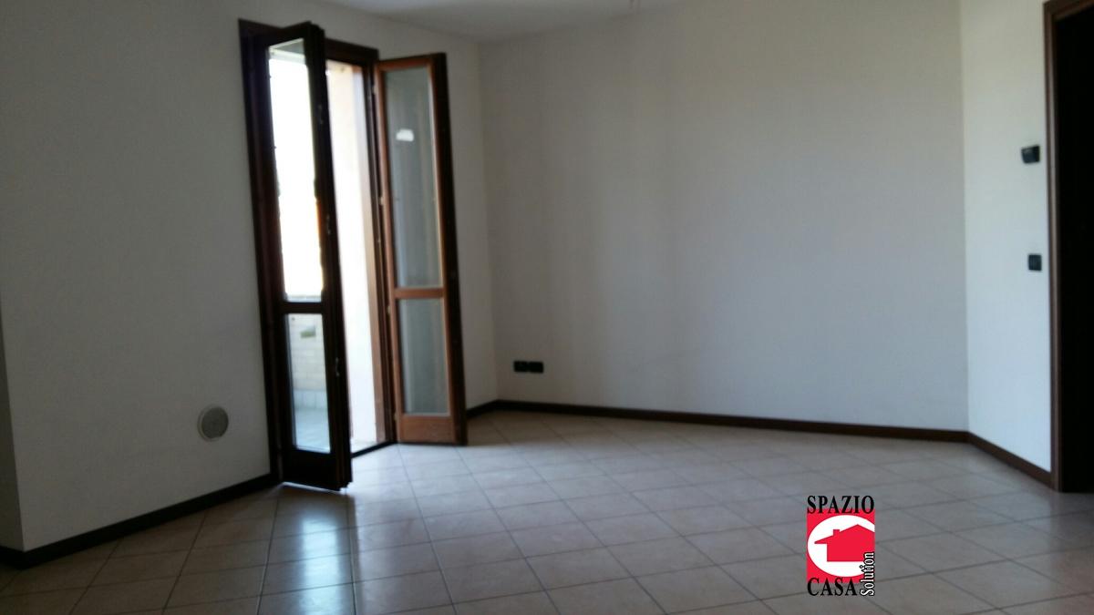 Appartamento in vendita a Capriano del Colle, 3 locali, prezzo € 96.000 | PortaleAgenzieImmobiliari.it