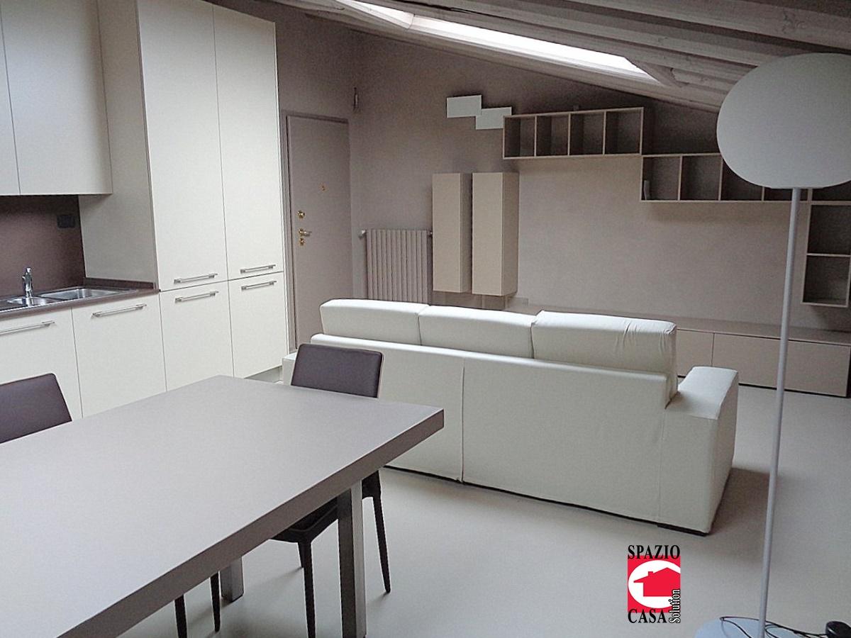 Appartamento in vendita a Capriano del Colle, 3 locali, prezzo € 142.000 | PortaleAgenzieImmobiliari.it