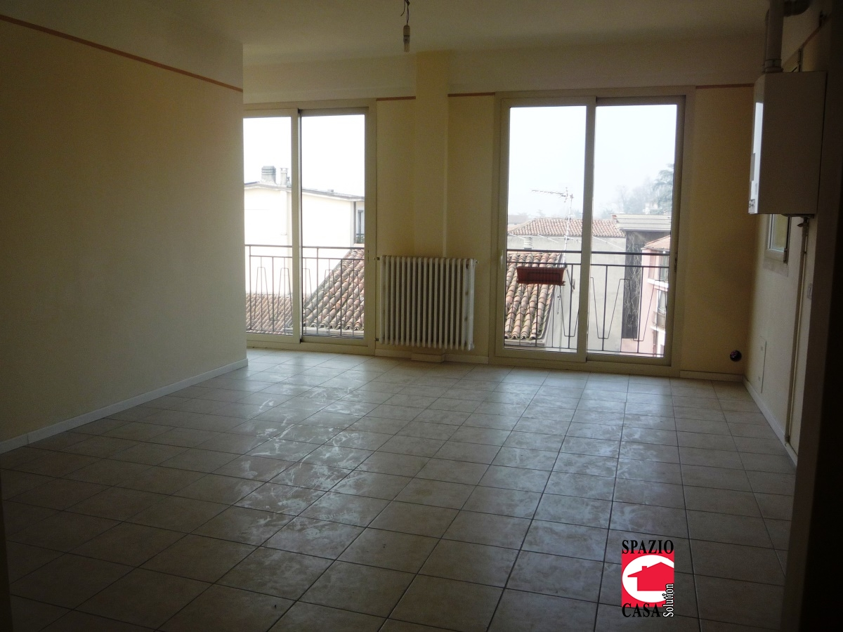 Appartamento in affitto a Capriano del Colle, 3 locali, prezzo € 400 | CambioCasa.it