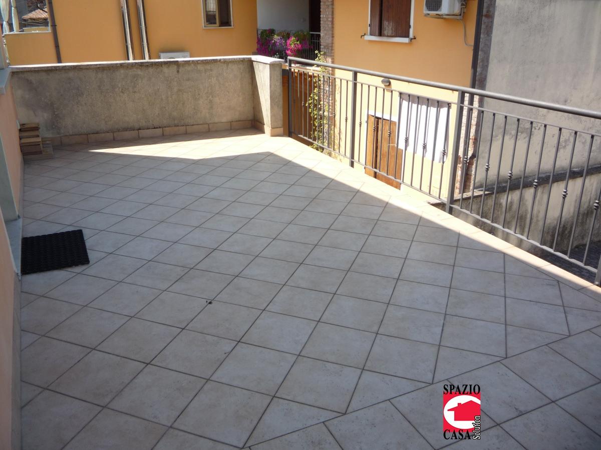 Appartamento in affitto a Azzano Mella, 2 locali, prezzo € 440 | CambioCasa.it