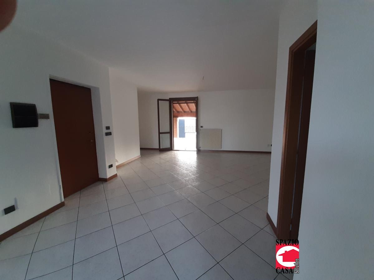 Appartamento in vendita a Bagnolo Mella, 4 locali, prezzo € 187.000 | CambioCasa.it