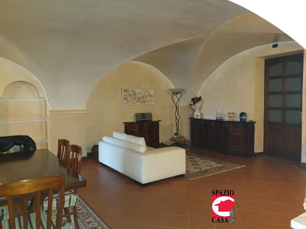 Rustico / Casale in vendita a Travagliato, 7 locali, Trattative riservate | CambioCasa.it